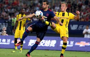 Borussia Dortmund thrash Manchester United in China