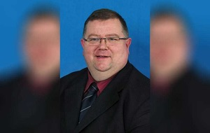 UUP MLA Ross Hussey receives cross-party support after he apologises for explicit pictures