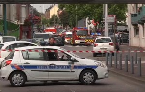 Priest killed during French church hostage situation