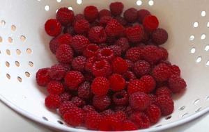 The Casual Gardener: Blowing raspberries