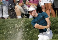 Poor start leaves Rory McIlroy battling to make US PGA cut