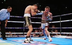 Carl Frampton-Leo Santa Cruz rematch should be in Belfast argues Glenn McCrory