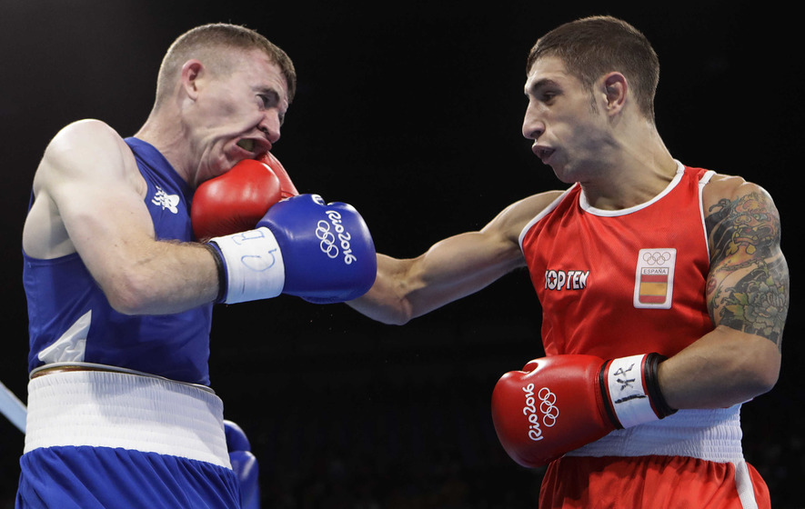 Scales beat Paddy Barnes not Samuel Carmona: Hugh Russell