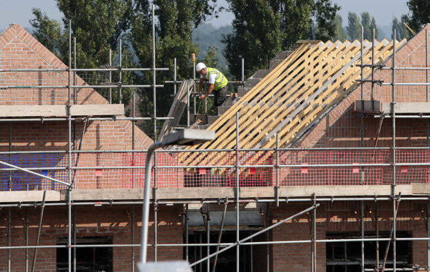 UK construction output drops in July
