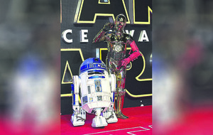 Tributes to Star Wars R2D2 actor Kenny Baker