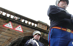 Thousands attend annual Derry Apprentice Boys parade