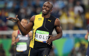Usain Bolt cruises to final but Thiago Da Silva steals show