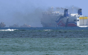 500 passengers rescued from burning cruise ship
