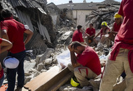 Italy earthquake death toll is 120 and mounting, officials say