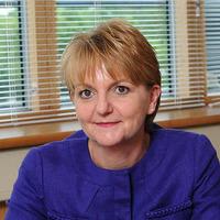 Prison Service boss Sue McAllister to leave post