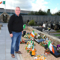 Gerry Adams urged to apologise over 1981 hunger strike deaths