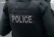 Police search Derry houses after arrest of man (23) on drug offences