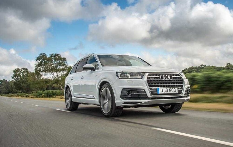 Audi goes to the front of the Q