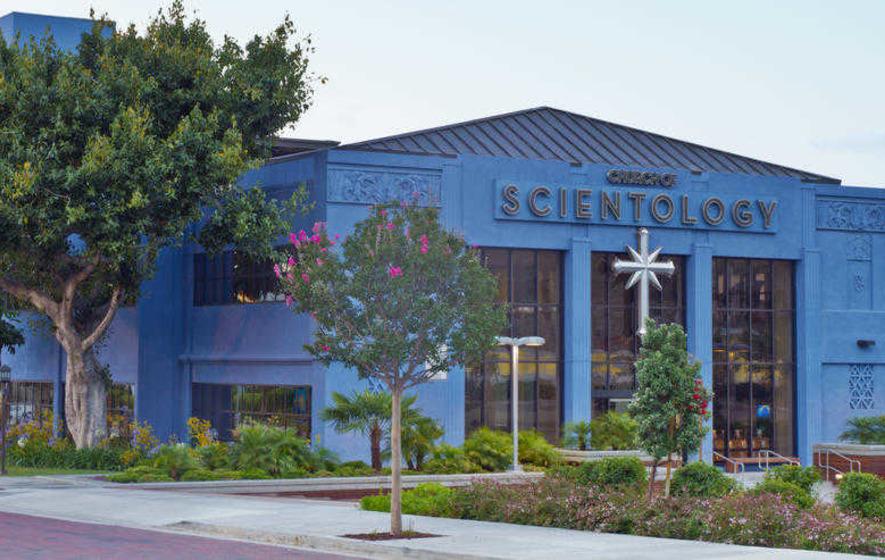 Church of Scientology trys to recruit Irish speakers