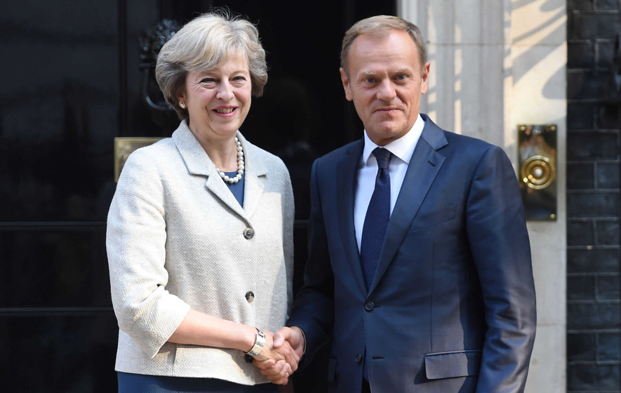Brexit - Tusk urges May to clarify when Article 50 will be triggered