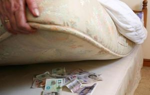 There are still alternatives to putting your money under a mattress