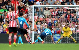 Charlie Austin strike seals Southampton victory