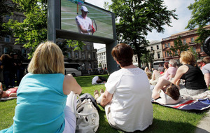 Belfast councillors vote to remove big screen in City Hall grounds