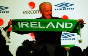 On This Day - September 25 2009: Republic of Ireland manager Giovanni Trapattoni signs new two-year contract