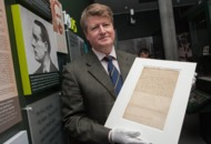 Easter Rising: Pádraig Pearse's letter of surrender goes on display in Dublin