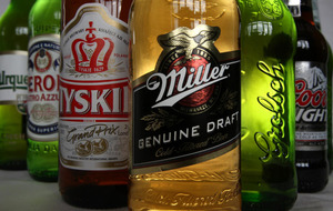 SABMiller shareholders approve 'megabrew' takeover deal by Budweiser brewer