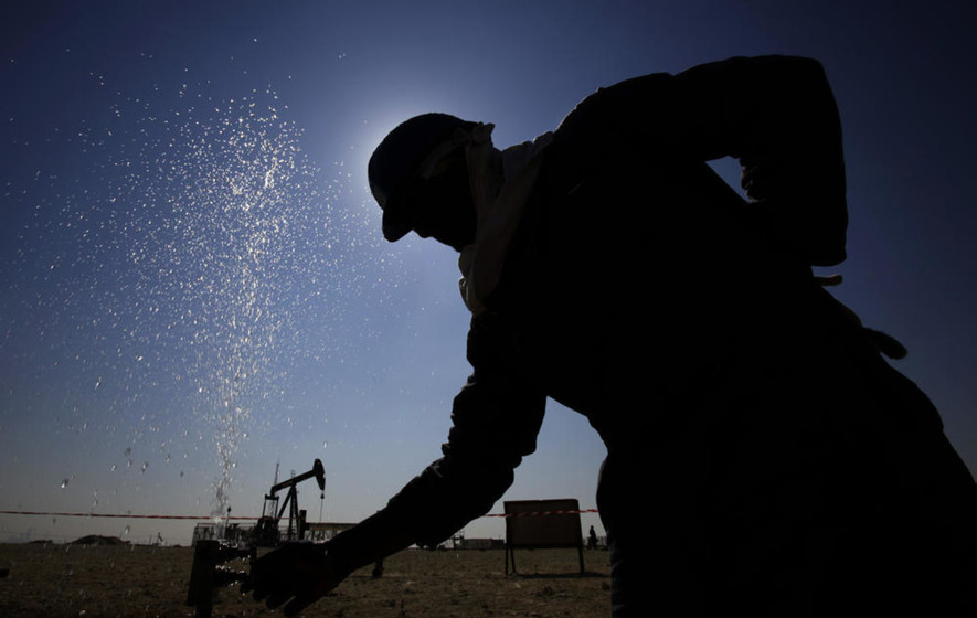 Oil prices hit one-year high as Russia endorses Opec output freeze