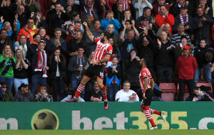 Charlie Austin double against Burnley helps Southampton into top-eight