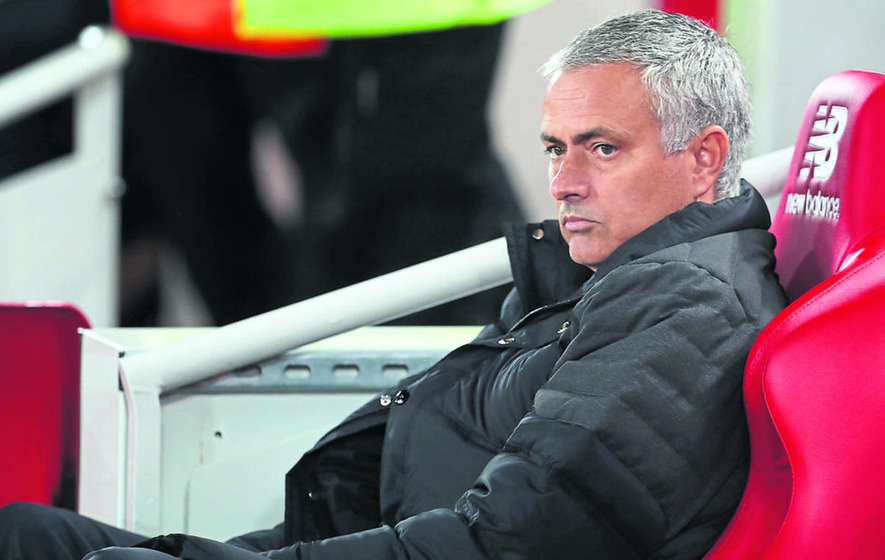 Jose Mourinho must show more ambition to get Manchester United back to the top
