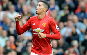 Manchester United ready to become title 'threat' insists Chris Smalling