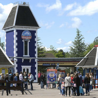 Students apologise to Alton Towers injured over rollercoaster costume