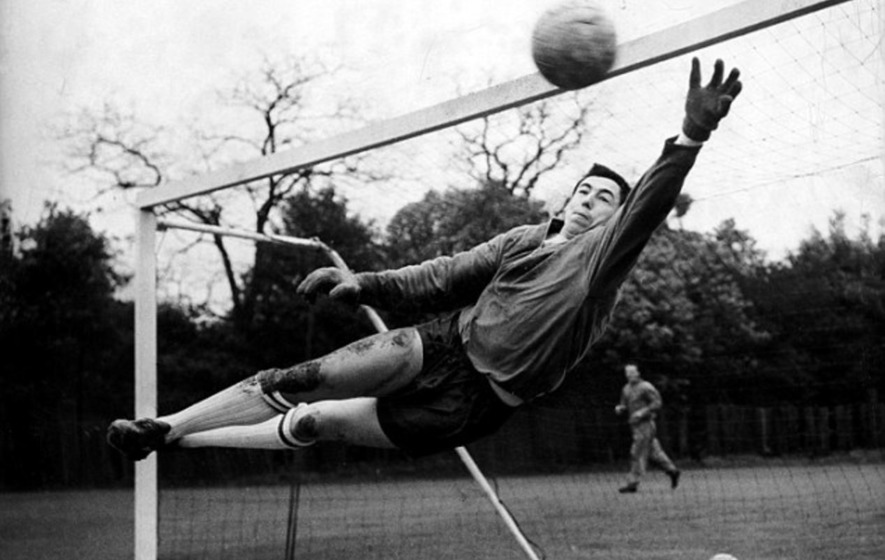 Gordon Banks: On This Day: Oct 22 1972: Career Of England Goalkeeper