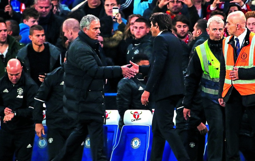 'Humiliated' Mourinho unhappy with Chelsea coach Conte's celebrations