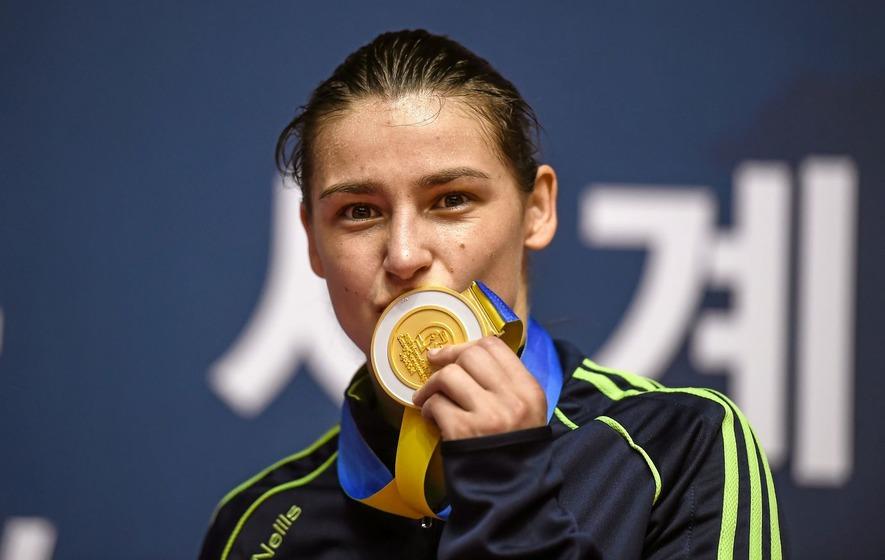 Irish boxer Katie Taylor turns professional
