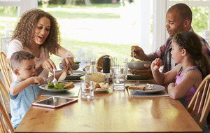 Busy parents shouldn't feel guilty about family meal times