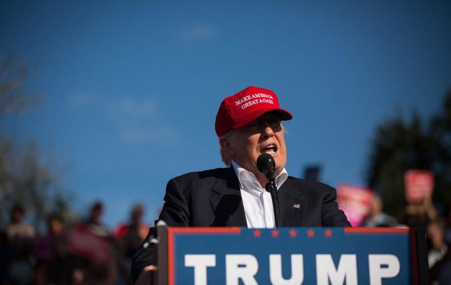On-message Trump tries to woo vital votes