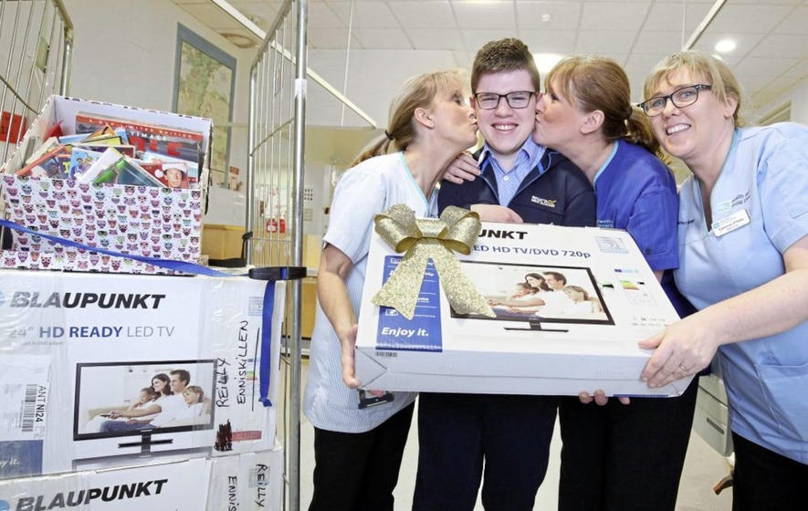 Fermanagh teenager's early Christmas present for hospital children in Belfast