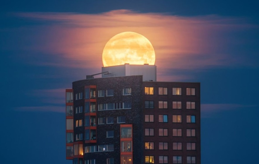 6 tips from an astronomy photographer on how to make your supermoon photos spectacular