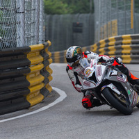Peter Hickman claims victoroy in Macau Grand Prix for second time in succession