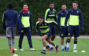 Arsenal boss Arsene Wenger denies gambling with fitness of Alexis Sanchez