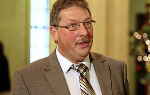 Sammy Wilson: Aids funding 'at the expense of other illnesses'
