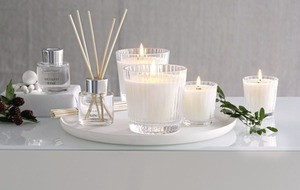 Christmas candles can add some seasonal scents to your home