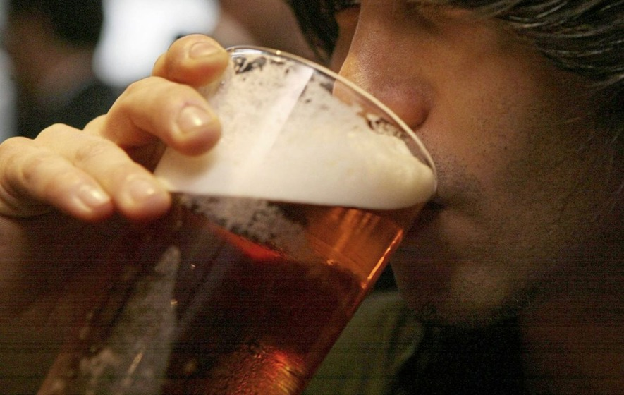 One-fifth of Irish people can't afford to meet friends for a drink