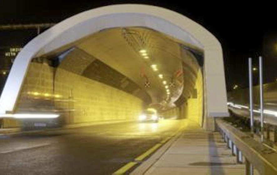 Dublin Port Tunnel tolls can also be paid in sterling ...