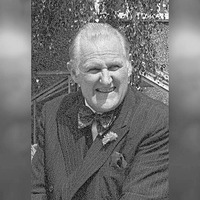Game Of Thrones co-stars play tribute to actor Peter Vaughan (93)