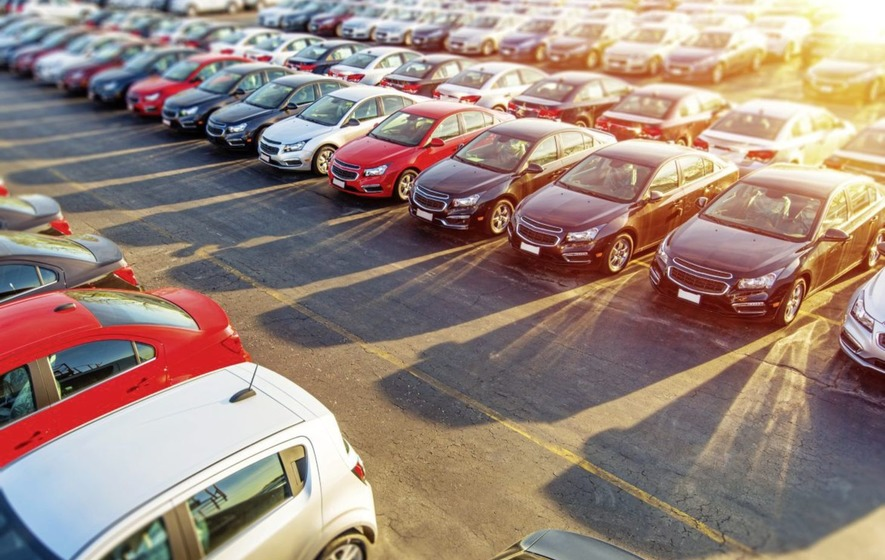 Fears for new car sales as consumers plan to tighten belts in 2017