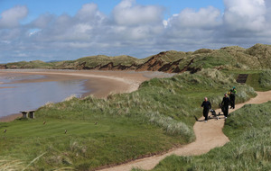 Donald Trump pulls plans for wall next to his golf course in Doonbeg, Co Clare