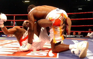 On This Day - Dec 10 2005: Danny Williams takes Commonwealth crown from Audley Harrison