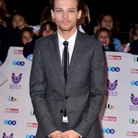 1D star Louis Tomlinson due to honour his late mother at The X Factor final