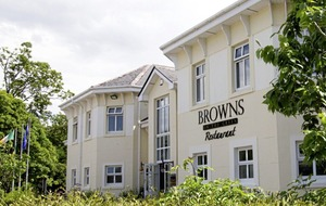Eating Out: Totally divot-ed to good food at Brown's on the Green