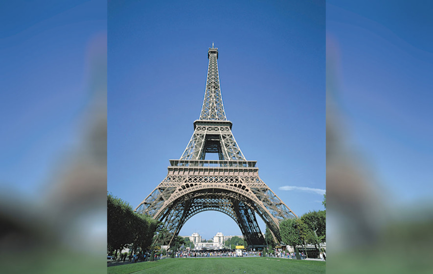 Eiffel Tower In Paris Reopens After Five Days Following Agreement